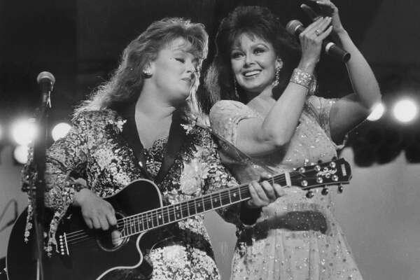 Wynonna and Naomi Judd. August 1991