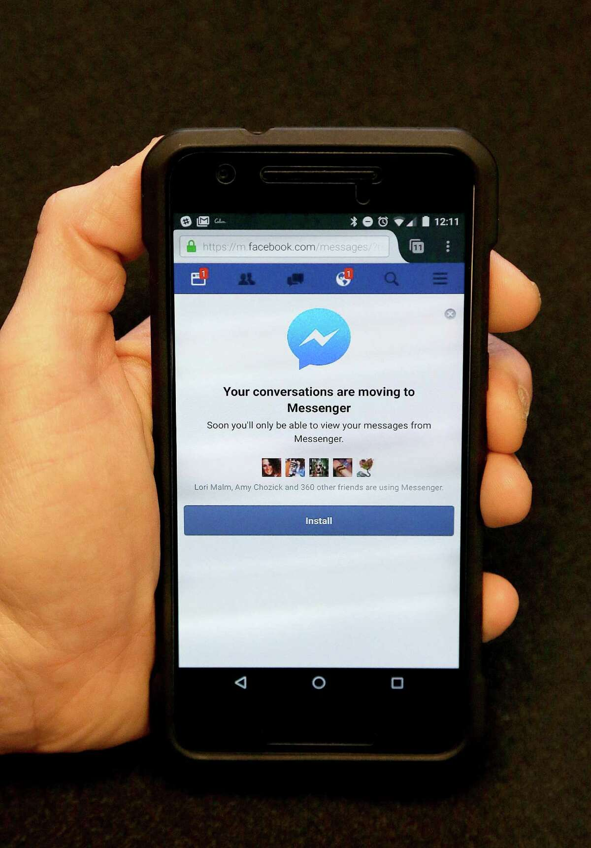 Facebook is pushing more people to install its Messenger application by blocking people who want to send and receive messages via its mobile website.