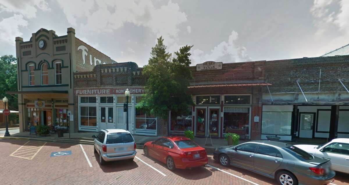 OLDEST CITY Here is a downtown view of Nacogdoches.