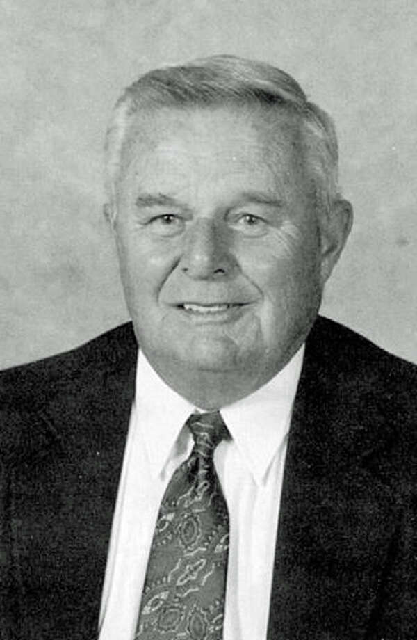 Former Binney Bruins and Hoyt Bruins coach Carl Brewer was inducted into the Greenwich Old Timers Athletic Association in 1995. Photo: Greenwich Old Timers Athletic Assoication / Contributed Photo / Contributed Photo / Greenwich Time Contributed