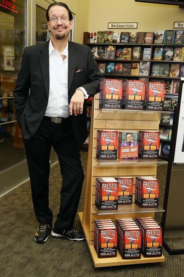 """Magician and actor Penn Jillette signs copies of his book  """"Presto: How I Made Over 100 Pounds Magically Disappear"""" at Barnes & Noble, 86th & Lexington on August 2, 2016 in New York City. Photo: Astrid Stawiarz/Getty Images"""