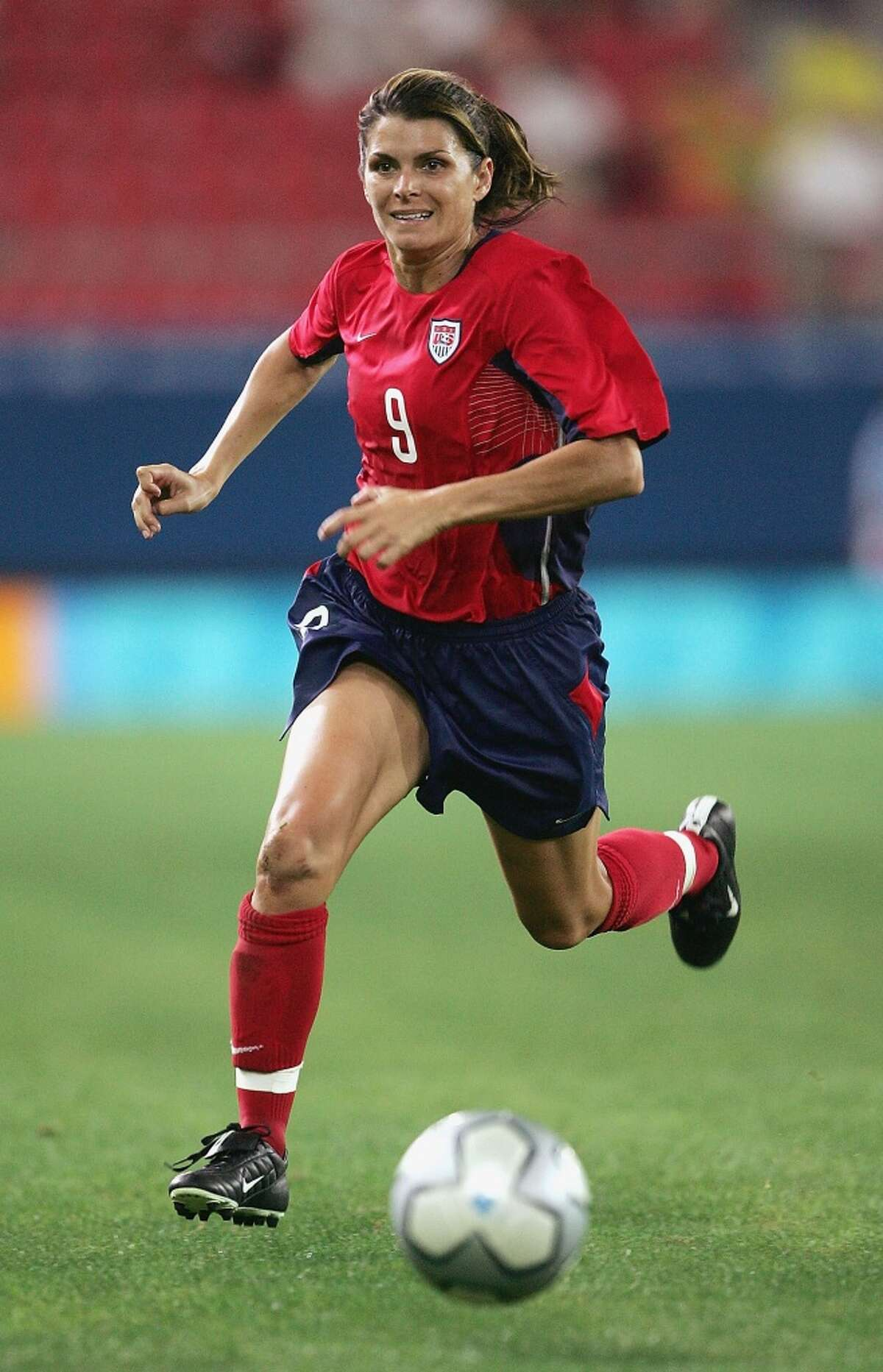 Mia Hamm of the USA competes in the women's football gold medal match on August 26, 2004 during the Athens 2004 Summer Olympic Games at Karaiskaki Stadium in Athens, Greece.