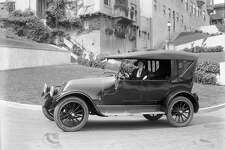 Auto on Lombard St circa 1920. Courtesy of OpenSFHistory.org.