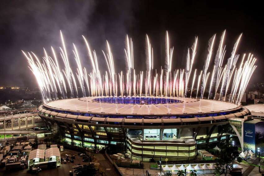 RIO DE JANEIRO, BRAZIL - AUGUST 03: Fireworks explode above the Maracana stadium during the rehearsal of the opening ceremony of the Olympic Games on August 03, 2016 in Rio de Janeiro, Brazil. Rio 2016 will be the first Olympic Games in South America. The event will take place between August 5-21. (Photo by Buda Mendes/Getty Images) ORG XMIT: 595884447