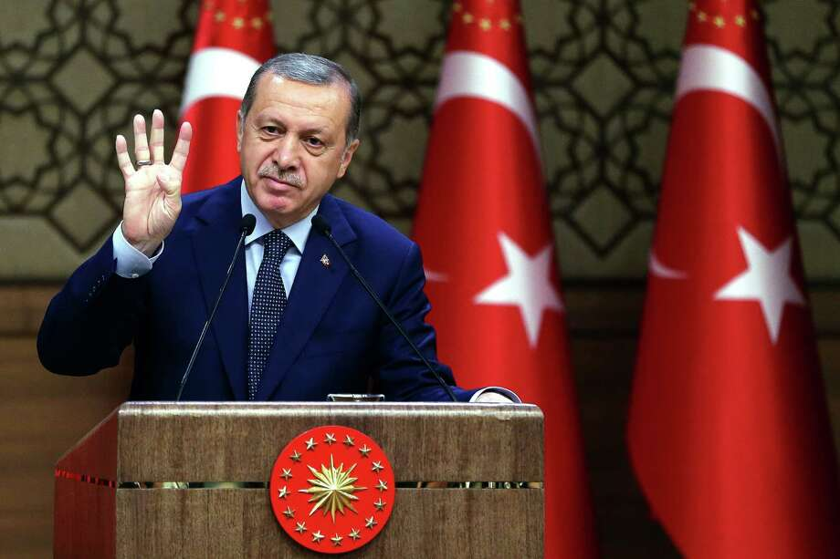 Turkey detains 10 foreigners over suspected ties to Gulen