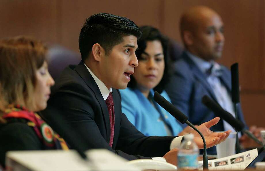 City Councilman Rey Saldaña is raising questions about the mediated settlement for a new police contract. He says reform is crucial for rooting out bad cops, and helping prevent the types of issues that have rocked communities across the country. Photo: Bob Owen /San Antonio Express-News / ©2015 San Antonio Express-News