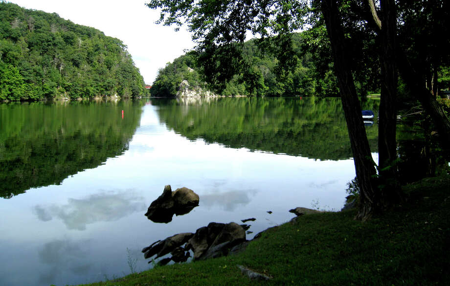 The Bridgewater shore of Lake Lillinonah. Photo: Norm Cummings / Norm Cummings / The News-Times