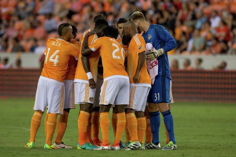 Houston Dynamo on the field to start the game during first half action between the between the Houston Dynamo and the San Jose Earthquakes during an MLS soccer game at BBVA Compass, Sunday, July 31, 2016, in Houston. (Juan DeLeon/for the Houston Chronicle) Photo: Juan DeLeon, FRE / Houston Chronicle