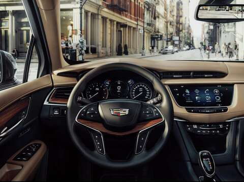 Cadillac's XT5 midsize crossover replaces the SRX for 2017