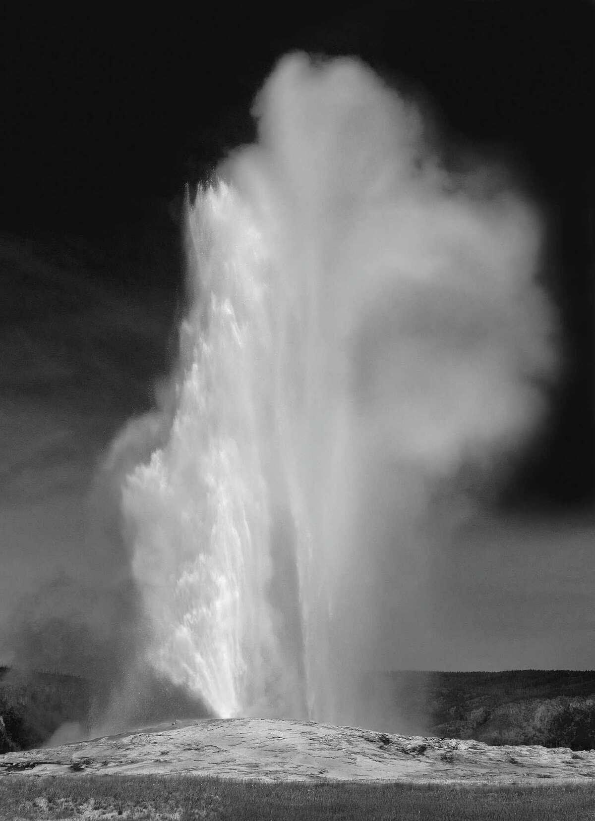 'Old Faithful', Yellowstone National Park, Wyoming