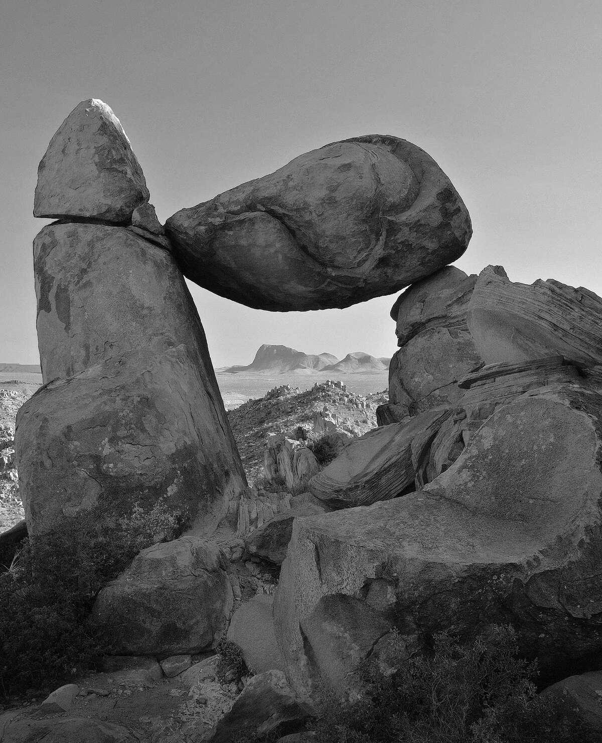 'Balanced Rock', Big Bend National Park, TExas