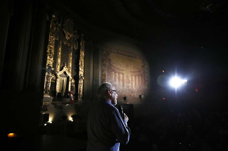 Elliot Lavine, the longtime creator of film programs at both the Roxie and the Castro address the crowd during his farewell show on Tuesday, August 3, 2016 in San Francisco, California. Photo: Michael Noble Jr., The Chronicle