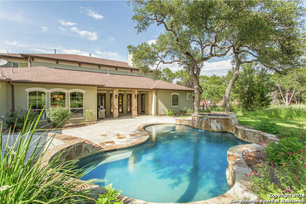 172 Riverwood, Boerne, TX 78006: $767,040 4 beds / 4.5 baths / 4,317 square feet