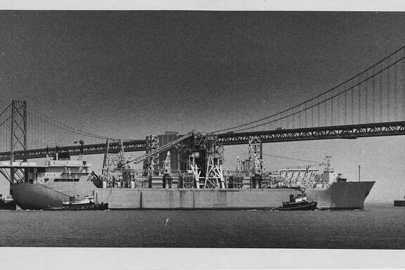 Glomar Explorer at the Bay Bridge.   Photographer John O'Hara, June 1 1978.