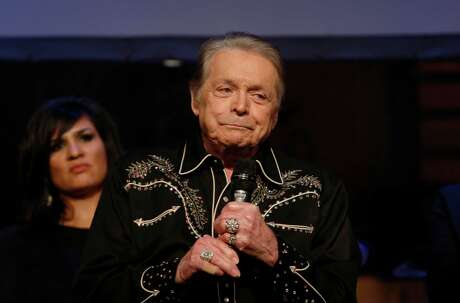 Mickey Gilley onstage in 2015.  Photo: Jon Shapley, Staff / © 2015 Houston Chronicle