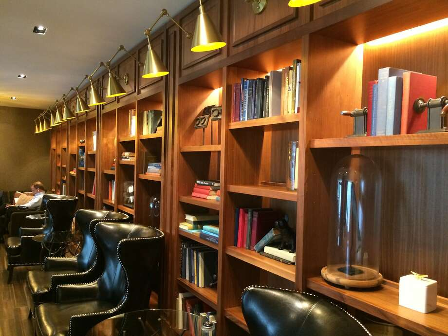 The multiyear, $100 million renovation of Boston Park Plaza added a library with books about local topics and on-call drink service from the nearby lobby restaurant and bar. Photo: Jeanne Cooper