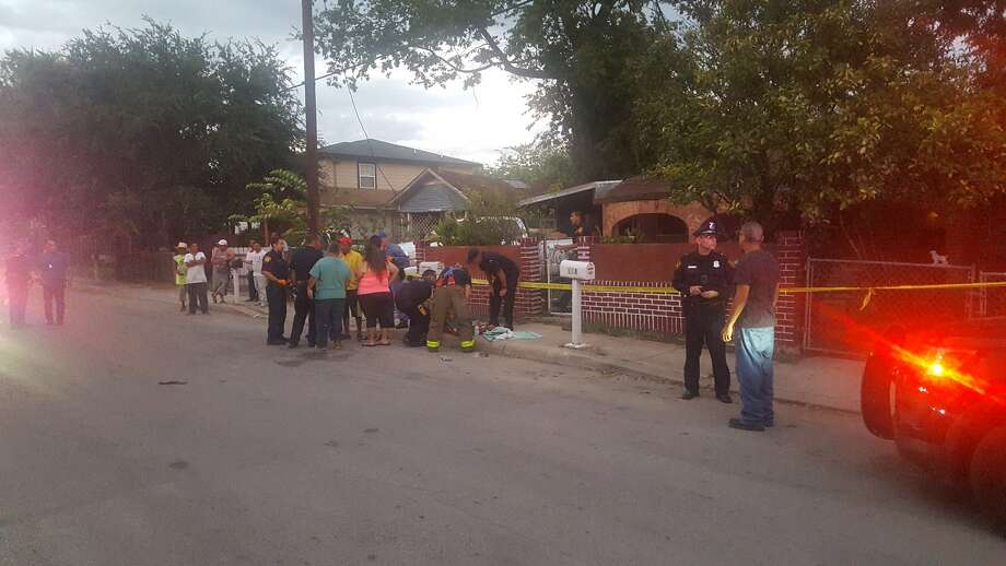 Scene at a reported shooting and home invasion in the 100 block of S. San Eduardo. Photo: Jeremy Gerlach