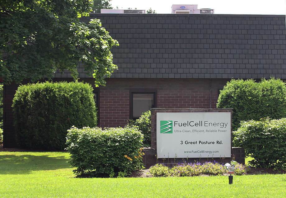 FuelCell Energy's offices on Great Pasture Road in Danbury. FuelCell made an annual list of fast-growing technology companies. Photo: Chris Bosak / Hearst Connecticut Media / The News-Times