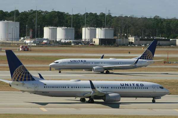 United Airlines Boeing 737 airliners at Bush Intercontinental Airport in January 2016.