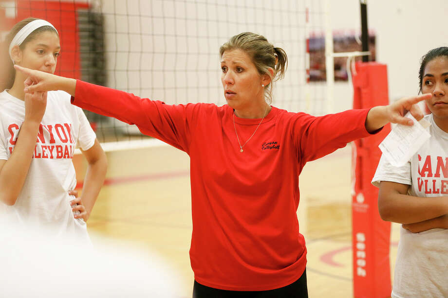 New Braunfels Canyon head volleyball coach Heather Sanders works with the Cougarettes on their first day of practice on Aug. 1, , 2016. Canyon returns five starters and the libero from last year's UIL Class 6A state semifinalist team. Photo: Marvin Pfeiffer /San Antonio Express-News / Express-News 2016