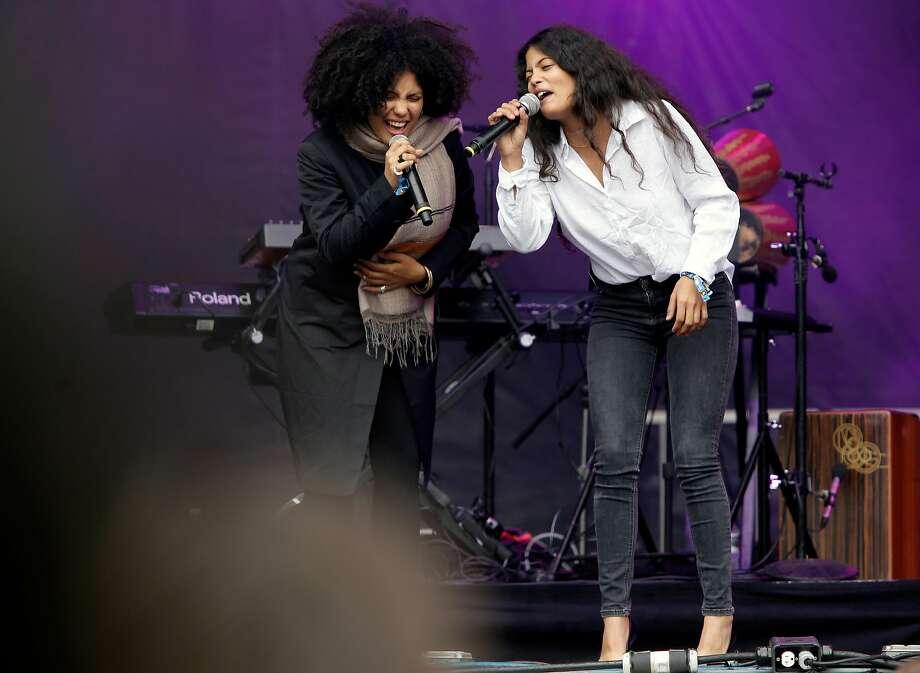 French-Cuban twins Lisa-Kiandé (left) and Naomi Diaz are Ibeyi. Photo: Michael Macor / The Chronicle