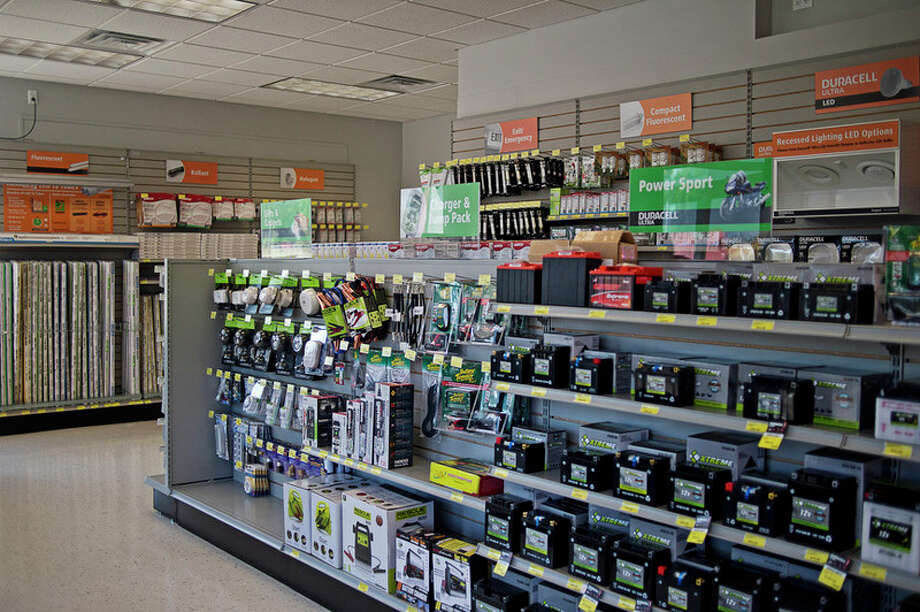 ERIN KIRKLAND | ekirkland@mdn.net Various lightbulbs and batteries are available for sale at Batteries Plus Bulbs. / Midland Daily News