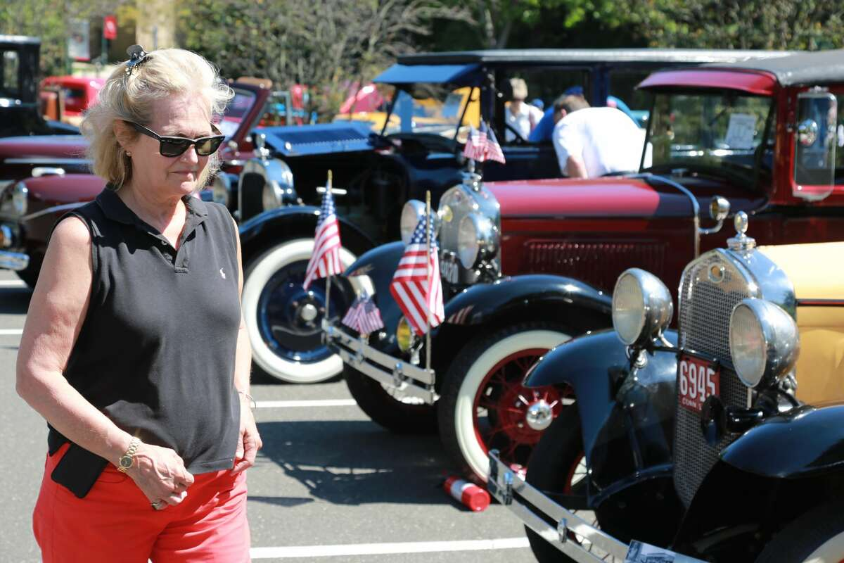 The second annual Fairfield University Antique and Classic Car Show was held on August 7, 2016 at the Fairfield University Quick Center. Attendees enjoyed live music, food, an ice cream truck, a raffle and of course, lots of classic cars. Were you SEEN?