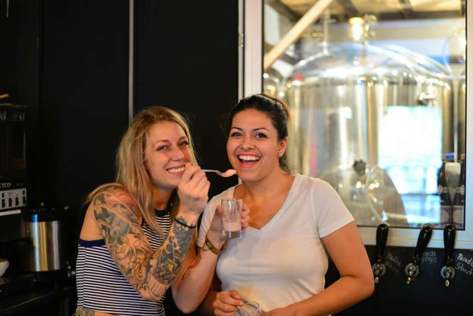 "Eager patrons enjoyed frosty beer floats at a ""pop up dessert brunch"" at The Granary 'Cue & Brew Sunday, Aug. 7, 2016. Photo: By Kody Melton, For MySA"