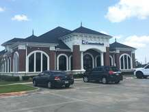 Beaumont Police and the FBI are in search of a man who robbed Community Bank of Texas on Highway 105 in Beaumont on Monday. The suspect is described as a male somewhere in his late 20s to early 30s with a red beard. He was wearing a gray baseball cap, tan shirt, dark pants, a black and white scarf, glasses and was carrying a red woman's handbag.