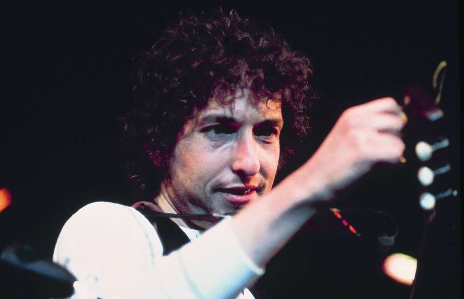 """Releasing""""Triplicate"""" next week, his new triple album of classic American standards, Bob Dylan sat down to list some of his favorite drummers. A Beaumont native made the cut. Photo: David Redfern/Redferns"""