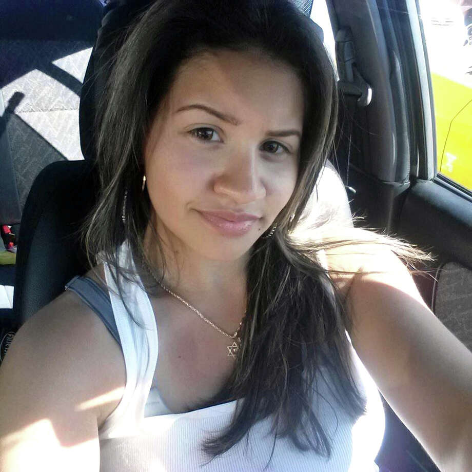 Sabrina DaSilva, 19, was shot to death outside of a New Bedford, Massachusetts, apartment building on July 3, 2016. Her father, Walter DaSilva, 46, of Danbury, Conn. has been arrested on a probation violation and is being questioned by New Bedford police. Photo: Contributed Photo / KNksTjt51/F/V0RcODUKq9mQJsV5mu5RuuGlKNbcmnw5P5lQP5FDN5nOwafDeaBZ2yNyvTK7vkE3K3hJZnsujQ== / The News-Times Contributed