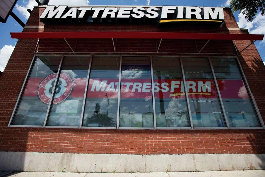 Steinhoff pletes Mattress Firm aquisition Houston