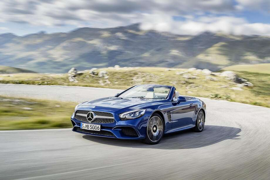 2017 Mercedes-Benz SL Roadster Photo: Daimler AG - Global Communicatio