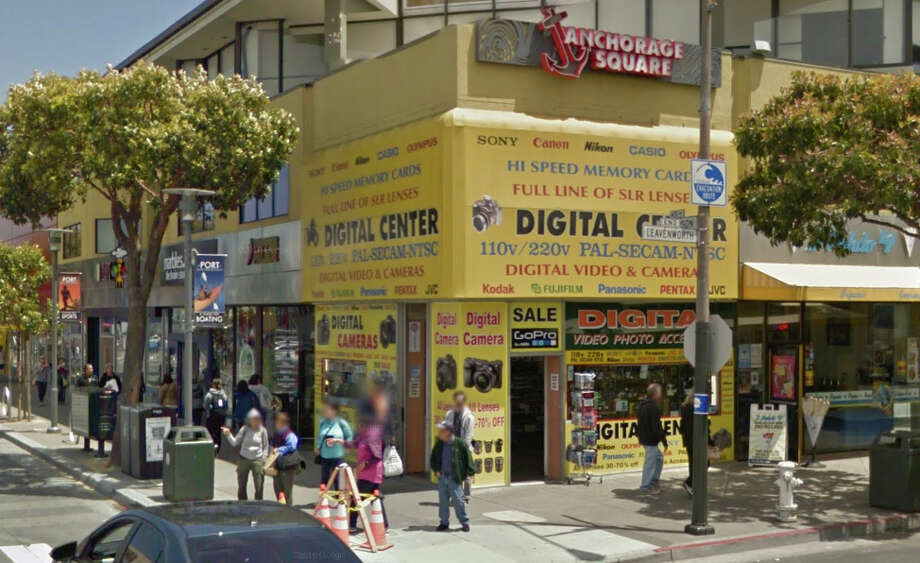 Thieves smashed into the photography and electronics store Digital Center in Fisherman's Wharf early Tuesday morning. Photo: Google Maps
