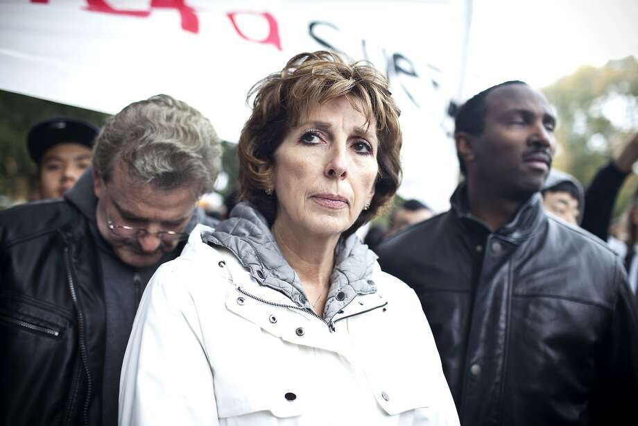 """Linda Katehi """"decided that while she had been cleared of the more serious allegations,  it was time to step out of the spotlight and return to teaching,"""" said her spokesman. Photo: ANNIE TRITT, NYT"""