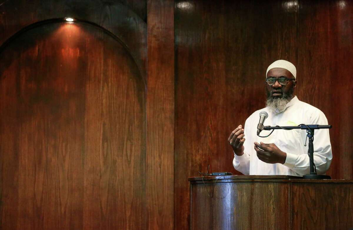 Imam Abdurrahman Vega delivers the Khutbah in the mosque at the Islam in Spanish Centro Islamico, Friday, Aug. 5, 2016, in Houston.