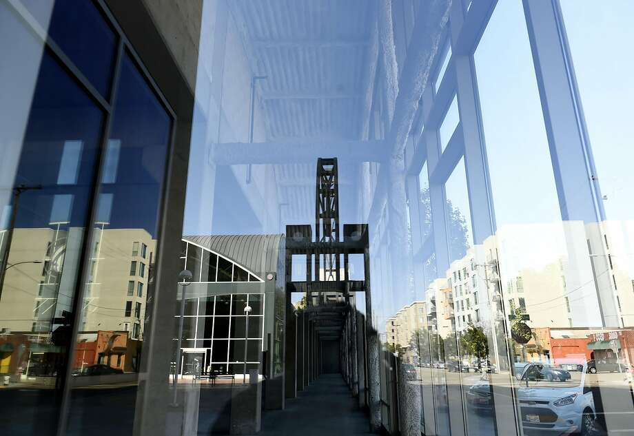 Esports Arena: Oakland will occupy a currently vacant retail space on the ground floor of a parking structure next to the Amtrak station at Jack London Square. The 16,000- square-foot arena will seat 1,000 fans for video-game events. Photo: Michael Noble Jr., The Chronicle
