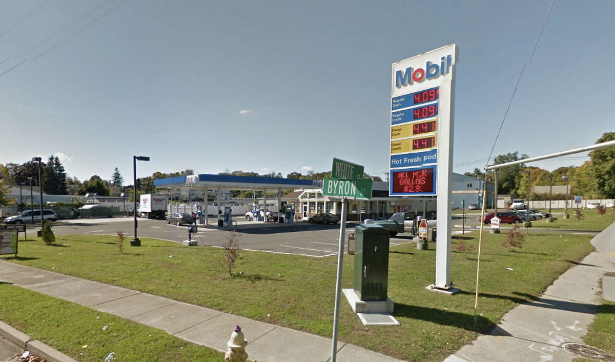 One Stop Mobil 276 White Street, Danbury Inspection date: August 8, 2016 Pump 1 regular: +3.0 cubic inches;Super: -1.0cubic inches Pump 2 regular: +0.5cubic inches;Super: -3.0cubic inches Pump 3 regular: +1.0cubic inches;Super: 0.0cubic inches  Pump 4 regular: +0.5cubic inches;Super: -1.5cubic inches Pump 5 regular: -1.0cubic inches;Super: -1.0cubic inches Pump 6 regular: +1.0cubic inches;Super: -1.0cubic inches Pump 7 regular: 0.0cubic inches;Super: -1.0cubic inches Pump 8 regular: -0.5cubic inches; Super: -0.5cubic inches Dieselpump 3: -1.0cubic inches;Pump 4: -3.5cubic inches;Pump 7*: -6.0cubic inches;Pump 8: -3.0cubic inches;Pump 9**: +0.5cubic inches *Re-check diesel pump 7 pending **Note: Pump 9 is a high speed dieselpump