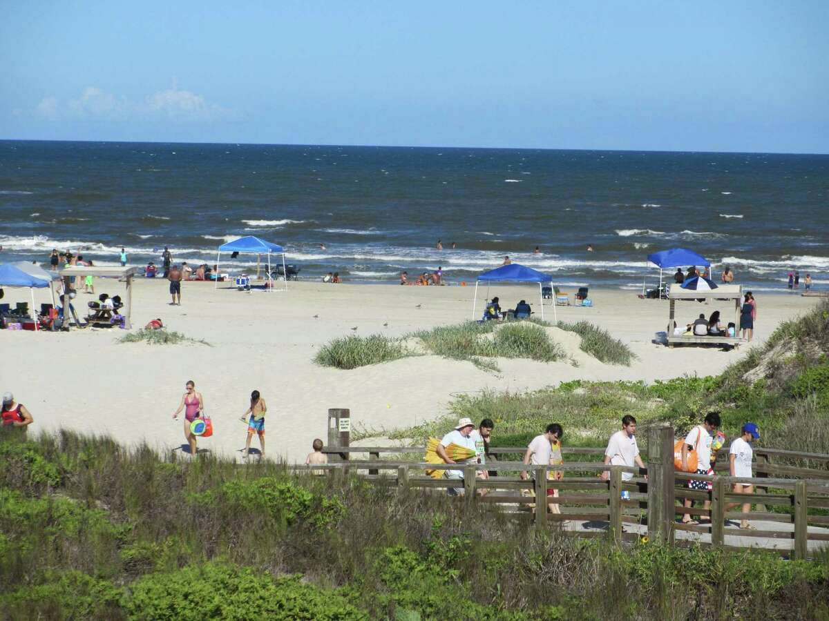 The beach in front of the Malaquite Visitors Center is a popular place for a swim or a picnic. Bring your own food.