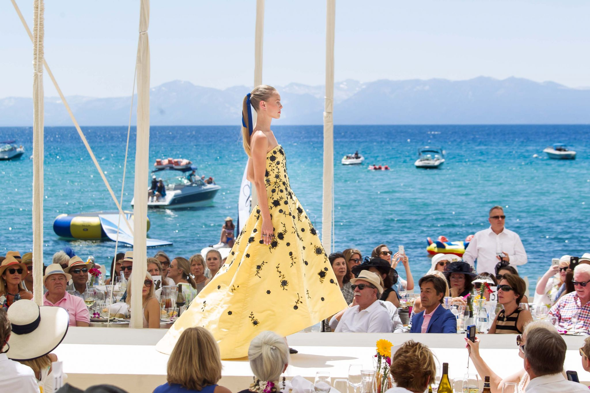 Save Lake Tahoe Oscar de la Renta Fashion Show - SFGate