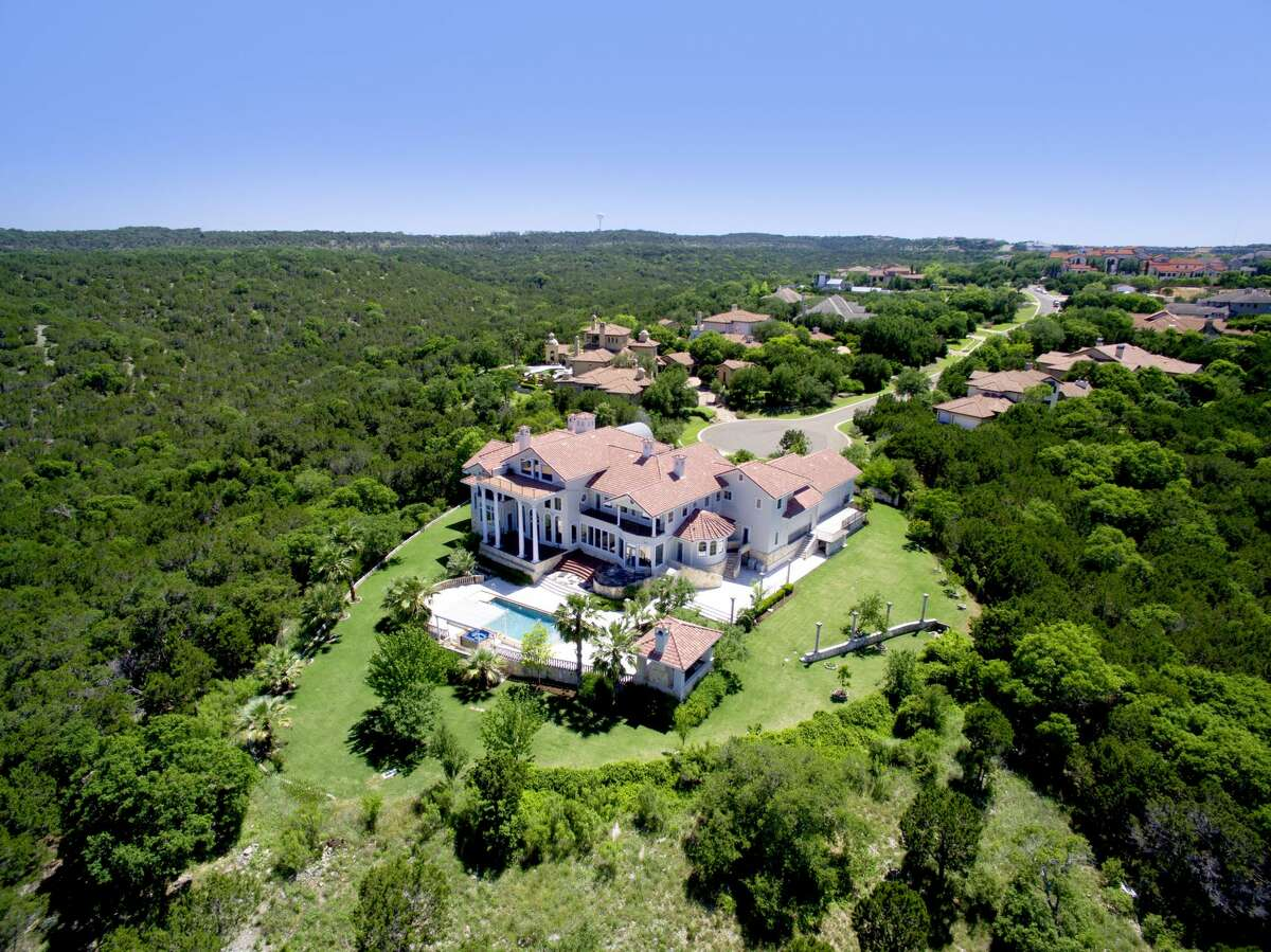 This sprawling Austin residence, located at 7500 Escala Drive in the Barton Creek neighborhood, was previously listed for $5.95 million and is selling without a reserve.