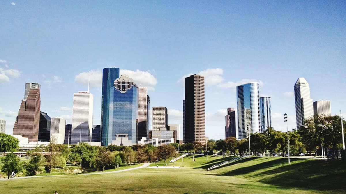 Houston Median rent:$1,300 Best university in ranking: Rice University Sunshine hours per year: 1,601 Nurse Salary:$68,570 Startup funding in last 12 months:$1,310,889,963