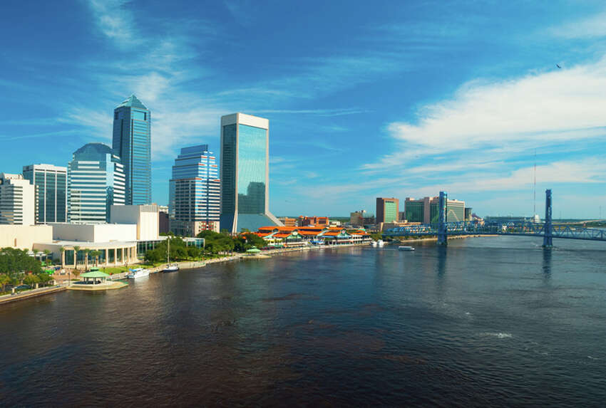 20 METROS THAT RANK WORST IN HOME VALUE RECOVERY 17. Jacksonville, FL % of Homes Recovered to Pre-Recession Peak Value: 6.6% Median Home Value: $178,605 Pre-Recession Peak Median Home Value: $211,852 Source:Trulia, March 2017