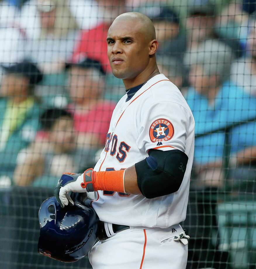 Jettisoned outfielder Carlos Gomez has signed with the Texas Rangers. Photo: Bob Levey, Stringer / 2016 Getty Images