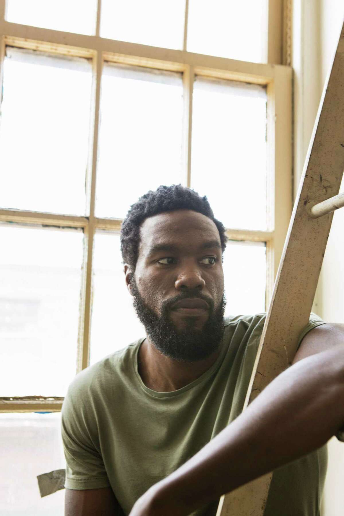 Yahya Abdul-Mateen II on the set of Baz LuhrmannOs new show, OThe Get Down,O in New York, May 18, 2016. Abdul-Mateen went from an unemployed University of California, Berkeley graduate with an architecture degree to a key actor in the latest big-budget Netflix production. (Jessica Lehrman/The New York Times) ORG XMIT: XNYT77