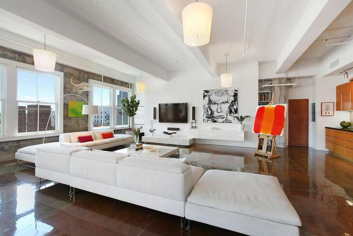 Units 802 and 804 in 2 Mint Plaza were combined to create a single, two bedroom unit.