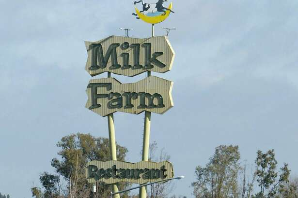 milkfarm05_016_pc.JPG  Motorists travelling between the Bay Area and Sacramento can't miss the landmark Milk Farm sign on property owned by Paul Moller.  The Milk Farm sign on Interstate 80 on 2/4/04 in Dixon, CA.  PAUL CHINN / The Chronicle   MANDATORY CREDIT FOR PHOTOG AND SF CHRONICLE/NO SALES-MAGS OUT  ##Chronicle#3/14/2004#ALL#3star##0421603730