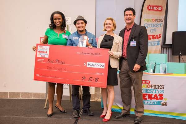 From left: Winell Herron, H-E-B group vice president of public affairs, Luis and Marsha Morales of Humble House foods and Reade Ahrens, H-E-B group vice president of grocery procurement and merchandising