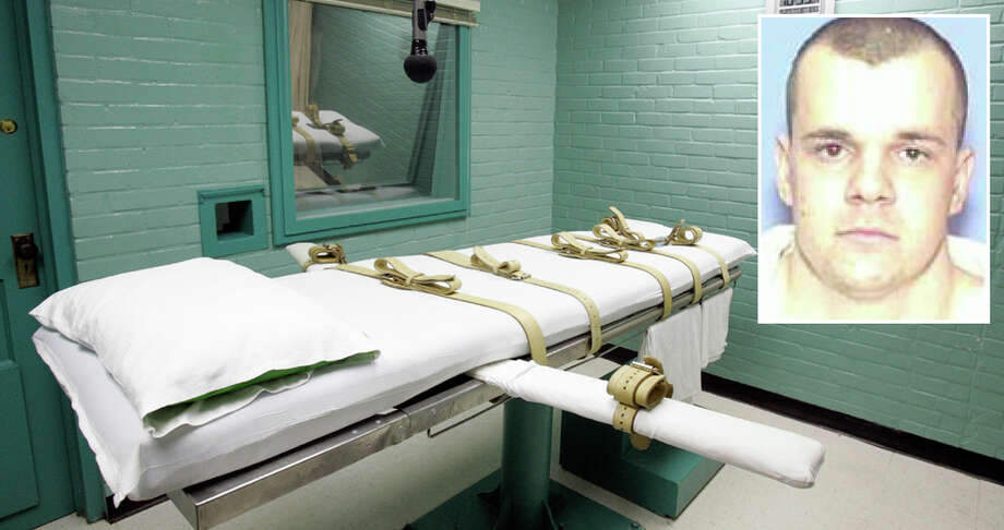 Take a look back at some of Texas' most controversial executions. Jeffery Lee Wood in on Death Row. Wood and Daniel E. Reneau robbed a service station on Jan. 2, 1996, in Kerrville and killed the attendant, a man, in the process. Wood did not fire the fatal shot. Photo: The Associated Press