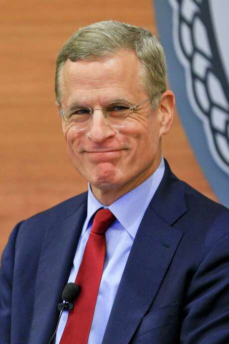 Robert Kaplan of the Federal Reserve Bank of Dallas is calling for fiscal policy to grow the economy. Photo: Derick E. Hingle / Bloomberg News / © 2016 Bloomberg Finance LP